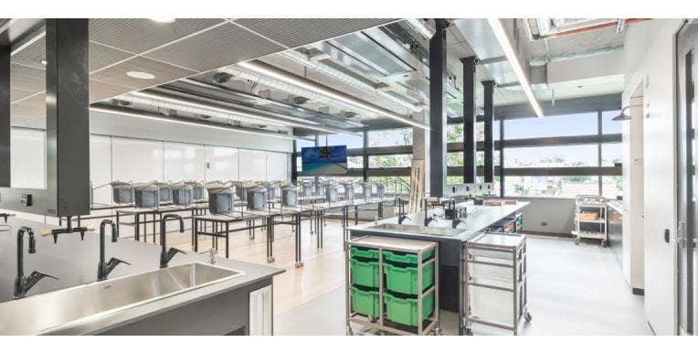 Top 6 Laboratory Design Trends